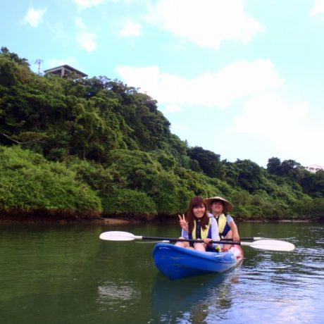 比謝川探検中